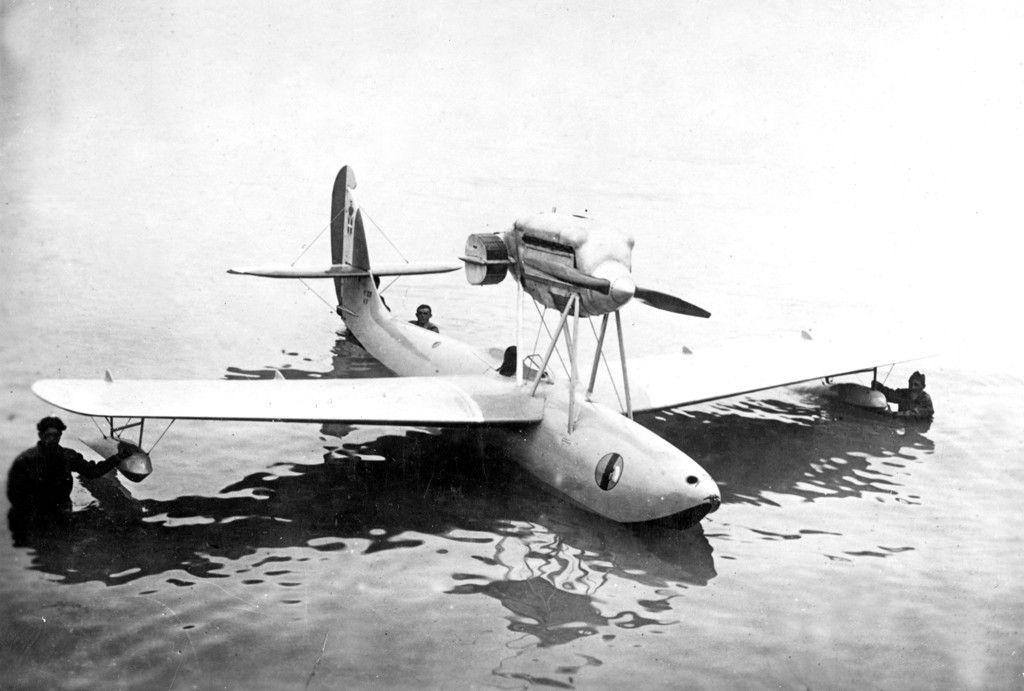 Macchi-M.33